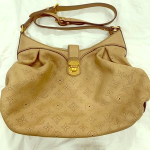 Authentic Louis Vuitton Mahina XS Bag